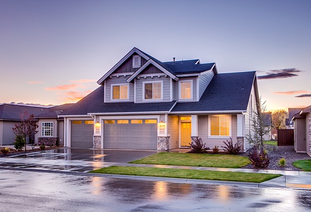 modern house roof - roofing quotes Surrey, Vancouver, Langley, White Rock. Landmark Roofing Experts.