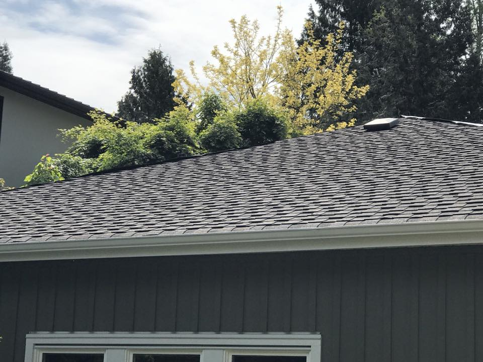 Home roofing in white rock, Landmark Professional roofers roofing homes in White Rock, Langley and Surrey.